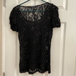 Forever 21 black short sleeve lace top